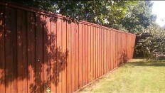 finished-fence-stain